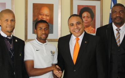 Amajimbos urged to fly SA flag with pride