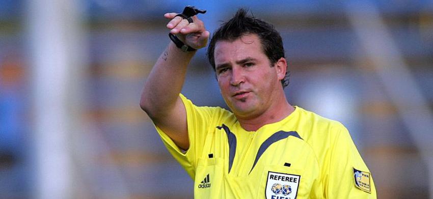 Meet referee Daniel Bennet