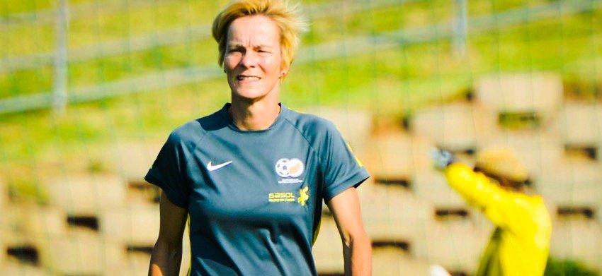 Former Banyana Banyana coach nominated for Best FIFA Women's Coach 2016 award