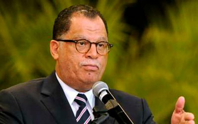 Minister Mbalula congratulate CAF and Dr Jordaan on CAF elections